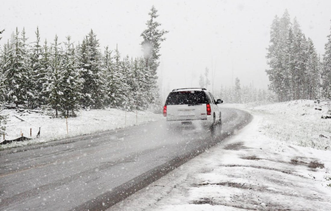 Safe Driving In Winter- Tips For Driving In Cold Winter Months.